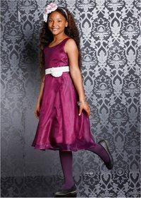 Kjøp skoleballkjole i nettbutikk